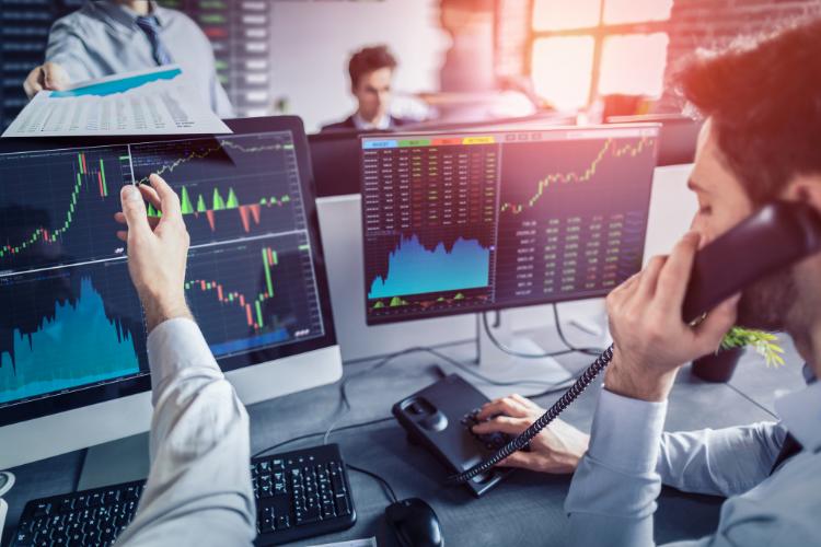 Investir en bourse : avantages et inconvénients
